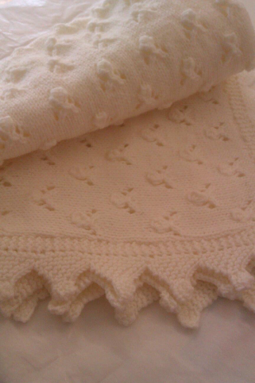 Baby shawl blanket cream 4ply